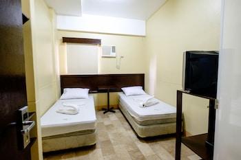 GV Hotel Pagadian Room