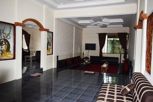Adeeva Villa, Mataram