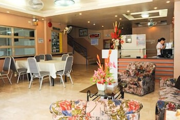 Gv Hotel Sogod Lobby Sitting Area