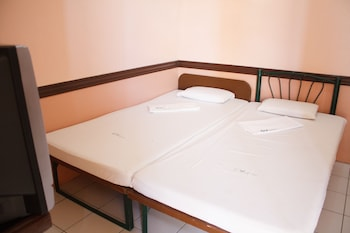 GV Hotel Catarman Guestroom