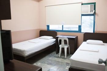 Gv Hotel Catbalogan Room