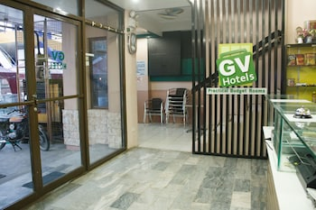 Gv Hotel Catbalogan Interior Entrance