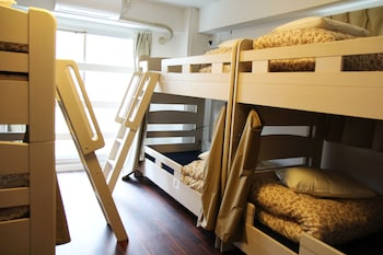 Woman's Only Shared Dormitory (Max 6 People)