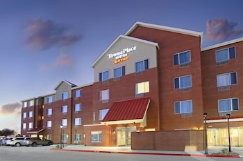 Hotel - TownePlace Suites Dallas McKinney