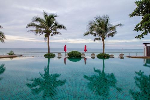 . Koh Chang Grandview Resort