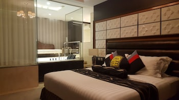 Prime Asia Hotel Angeles Room