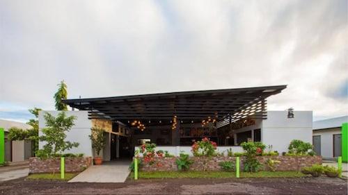 . Airport X Managua Hotel