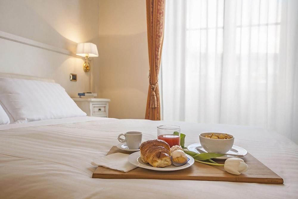 ホテル アストロ メディセオ