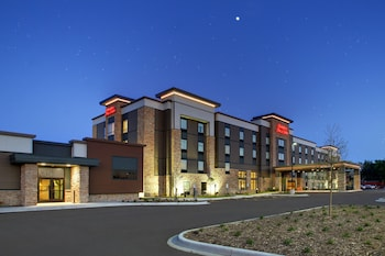 Hampton Inn & Suites Milwaukee West photo
