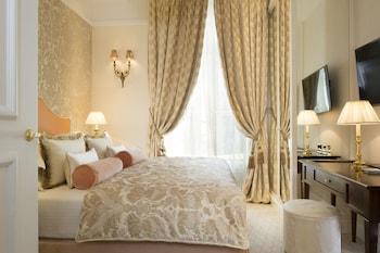 Room (Cosy)