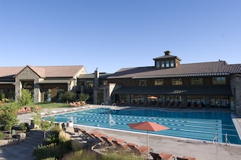 The Lodge At Flying Horse Colorado Springs Co