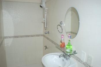 Punta House Cebu Guestroom