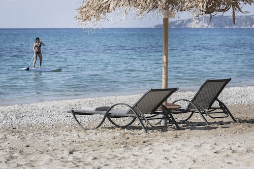 F Zeen, Ionian Islands