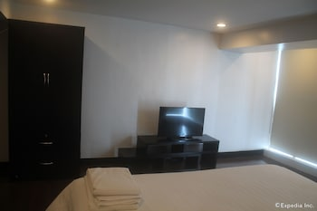F1 Suites At Fort Palm Spring Taguig