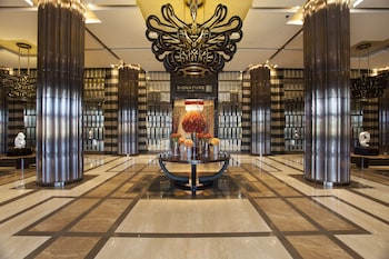 Crown Towers Manila Interior Entrance