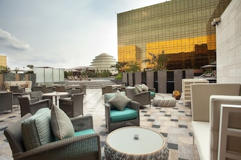 Crown Towers Manila Poolside Bar