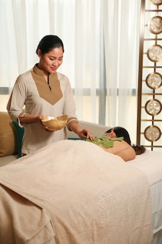 Crown Towers Manila Spa Treatment
