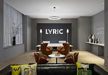 Hotel - Lyric