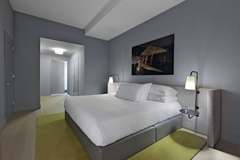 Guestroom at Lyric in New York