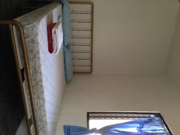 Lapu Lapu Cottages And Restaurant Room