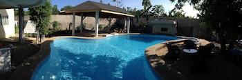 Lapu Lapu Cottages And Restaurant Outdoor Pool