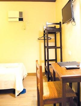 Bahay ni Tuding Inn Davao Guestroom