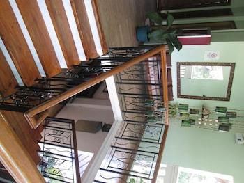 Bahay ni Tuding Inn Davao Staircase