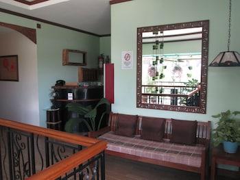 Bahay ni Tuding Inn Davao Hotel Interior