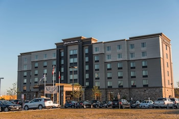 Hotel - Hampton Inn & Suites by Hilton Bolton, ON, Canada