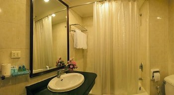 Grace Hotel - Bathroom  - #0