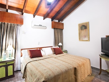 Apartment 2 Bedrooms Triple