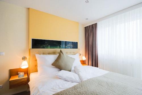 Leinfelden-Echterdingen - Hotel Filderhof - z Krakowa, 4 kwietnia 2021, 3 noce