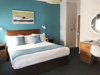 Sea View Glimpse Double Room