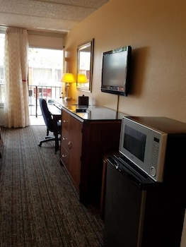 In-Room Amenity at Sun Inn & Suites in Kissimmee