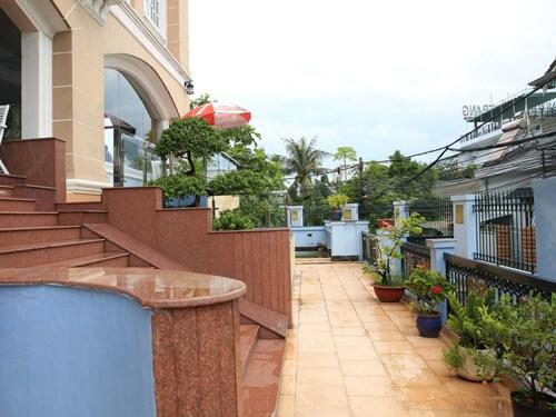 Hoa Phat Hotel & Apartment, Thủ Đức