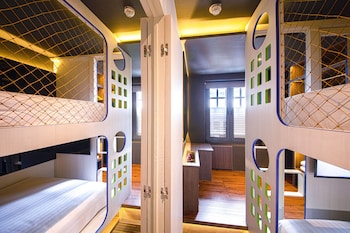 Hotel - CUBE - Family Boutique Capsule Hotel @ Chinatown