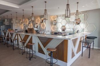 The Lind Boracay Hotel Bar