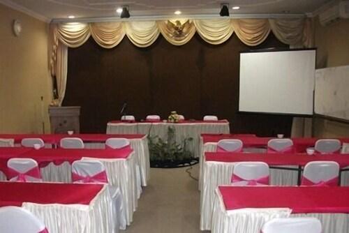 New Siliwangi Hotel & Restaurant, Semarang