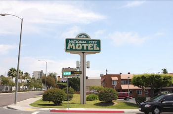 Hotel - National City Motel