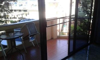 Hotel - Feng Shui House