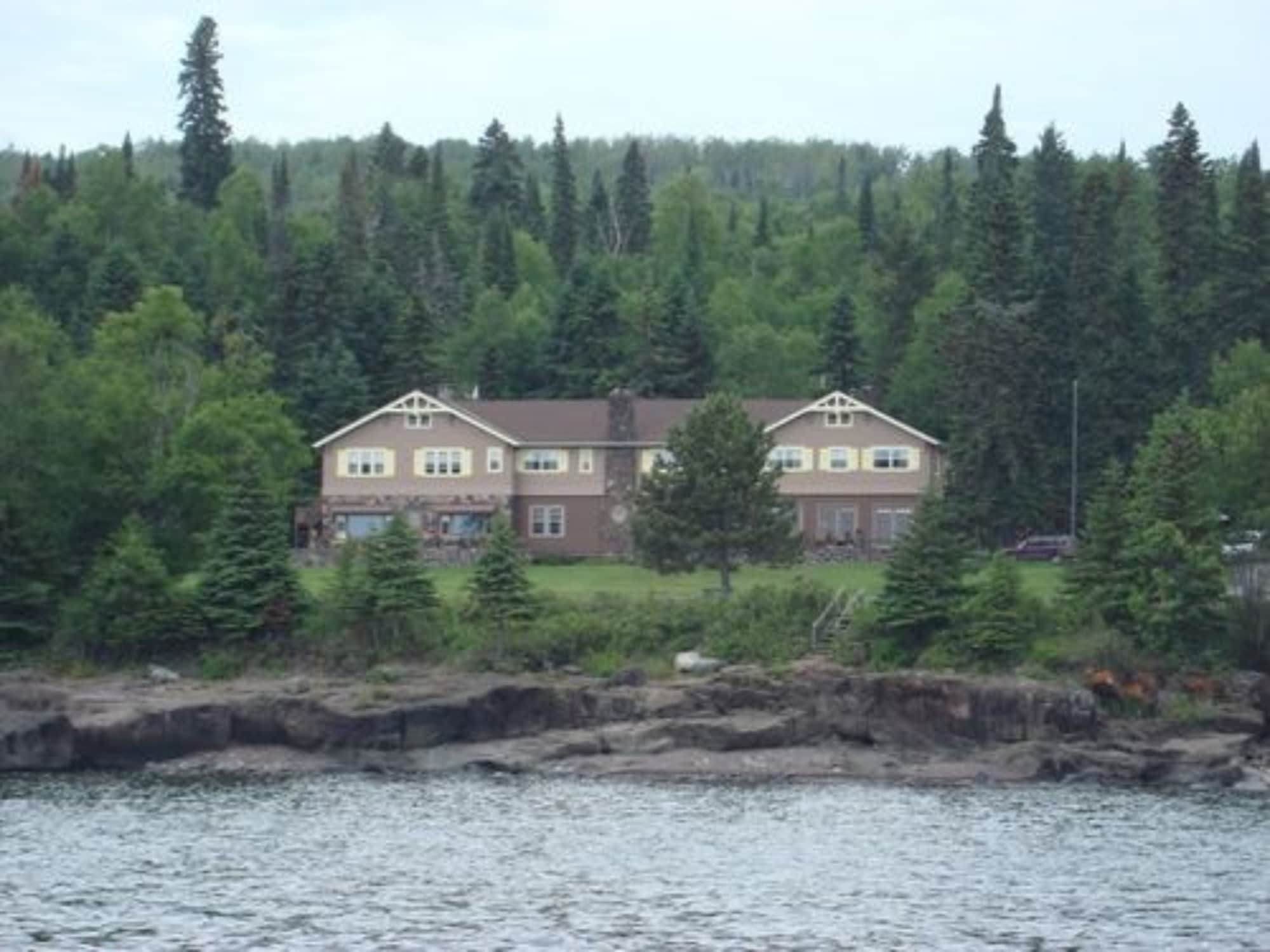 Cascade Lodge, Cook