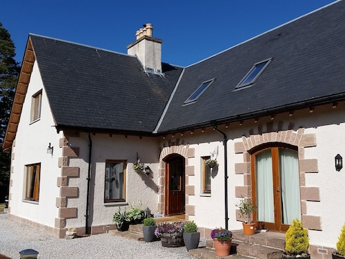 . Thistle Dhu Bed & Breakfast