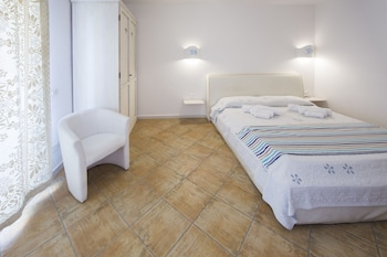 Double or Twin Room, 1 Double Bed, Accessible, Private Bathroom