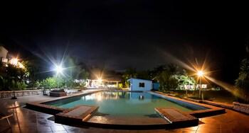 Thresher Cove Resort Cebu Pool