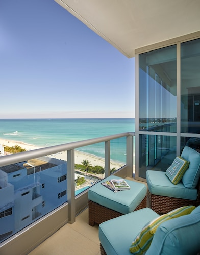 Global Luxury Suites at Monte Carlo, Miami-Dade