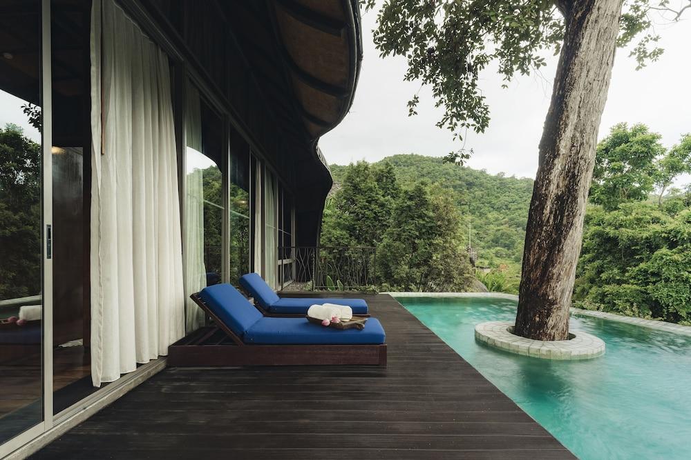 https://i.travelapi.com/hotels/11000000/10510000/10507400/10507369/24f45e08_z.jpg