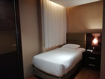 Deluxe Apartment, 2 Bedrooms, Non Smoking, City View (Ruby Unit)