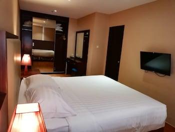 Premium Apartment, 2 Bedrooms, Non Smoking, City View (Emerald Unit)