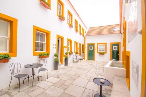 Imperium Lisbon Village, Lisboa