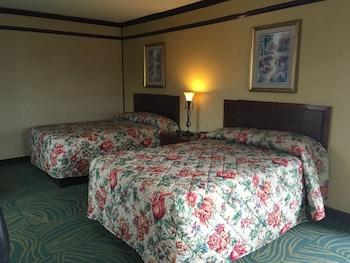Hotel - Track & Turf Motel